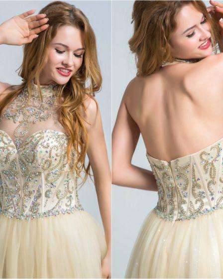 robe de soirée champagne col halter ornée de bijoux